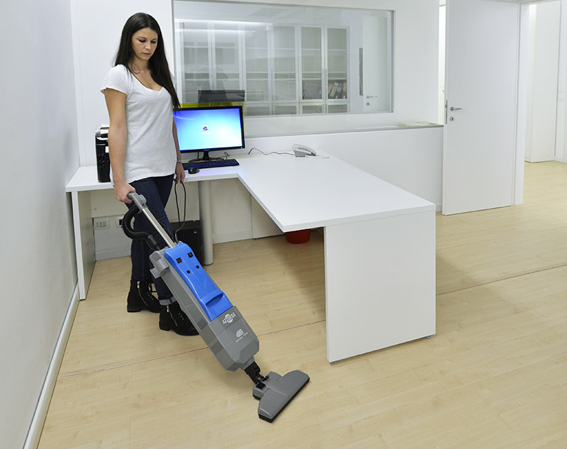 3.Electric broom house